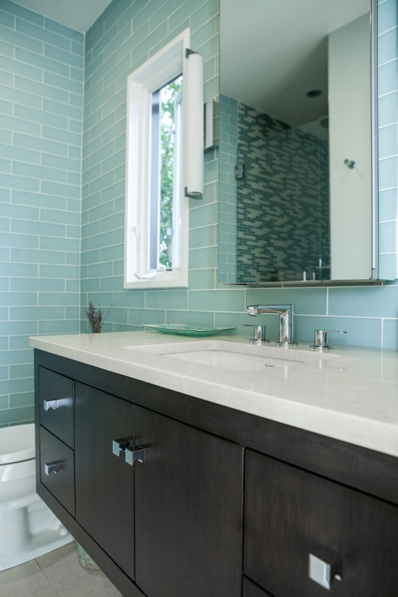 Hall Bath Re-Design in the same Hartsdale, New York home.